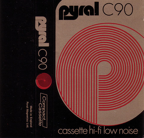 Tape cassette insert